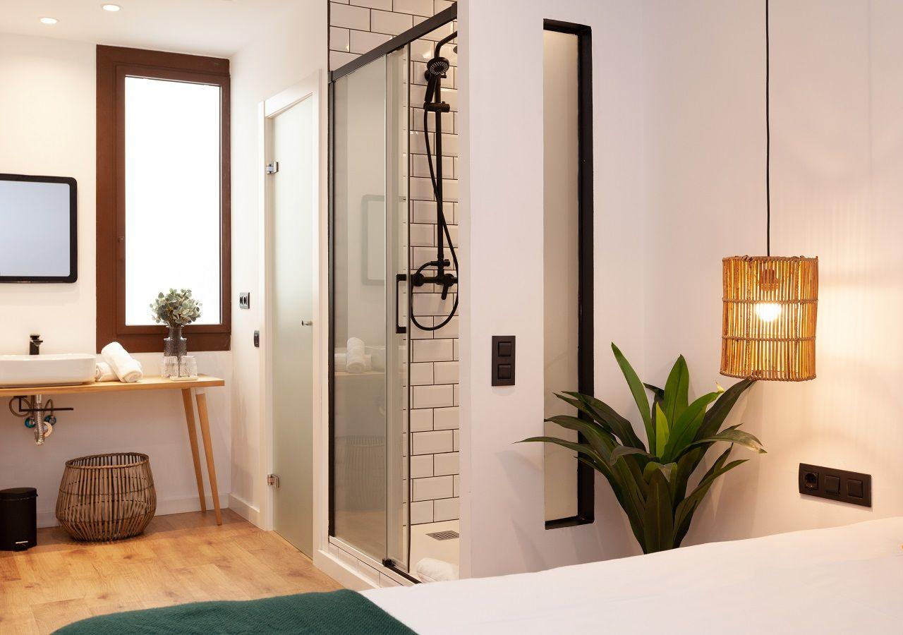 Interior Casa Room - Bathroom and Bed